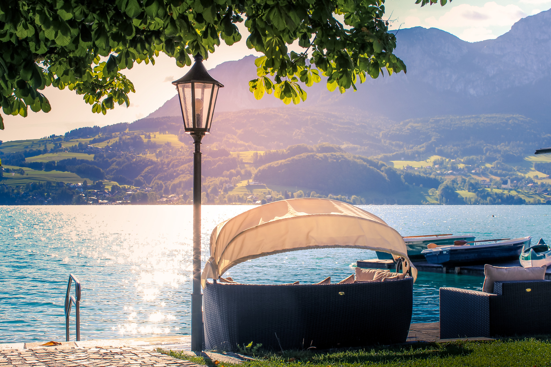 Modern Diner Sitzgruppen : Picture gallery of the 4 star hotel stadler at lake attersee